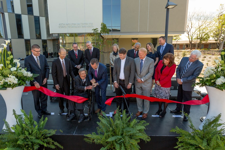 Ribbon cutting ceremony at the Alton and Lydia Lim Center for Science, Technology and Health